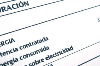 Más de la mitad de la factura de la luz son impuestos
